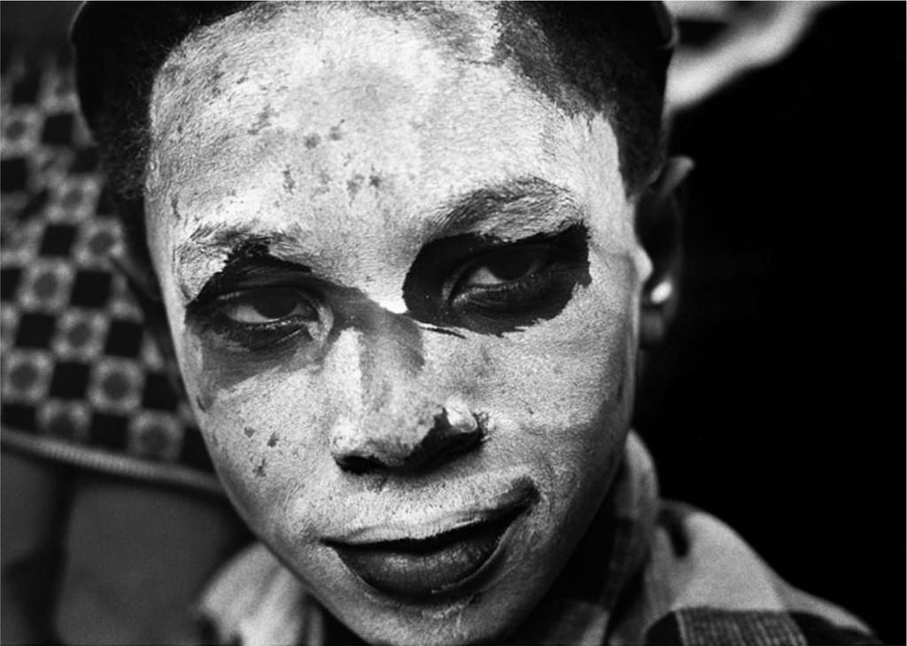 《シカゴ ハロウィン》1959-61年 ©高知県,石元泰博フォトセンター